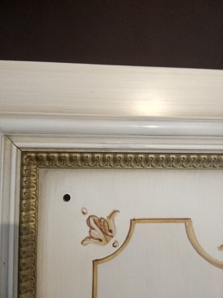 Реставрация фасада шкафа в реставрационной мастерской RESTORER.EXPERT