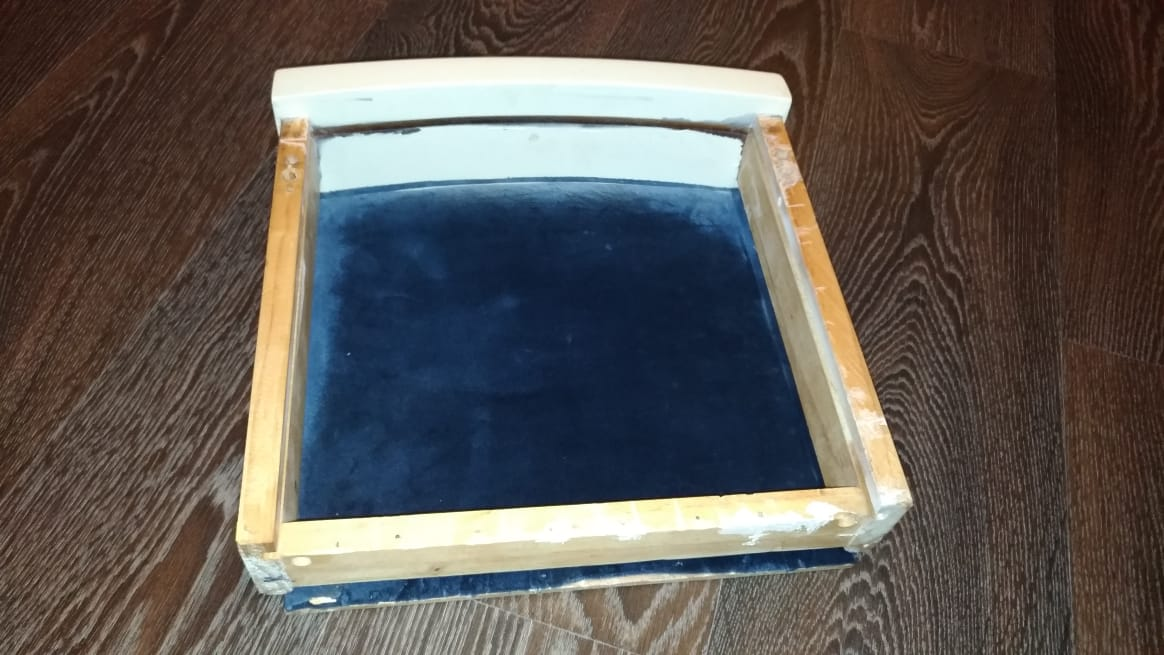 Реставрация ящиков от туалетного столика в реставрационной мастерской Restorer.expert