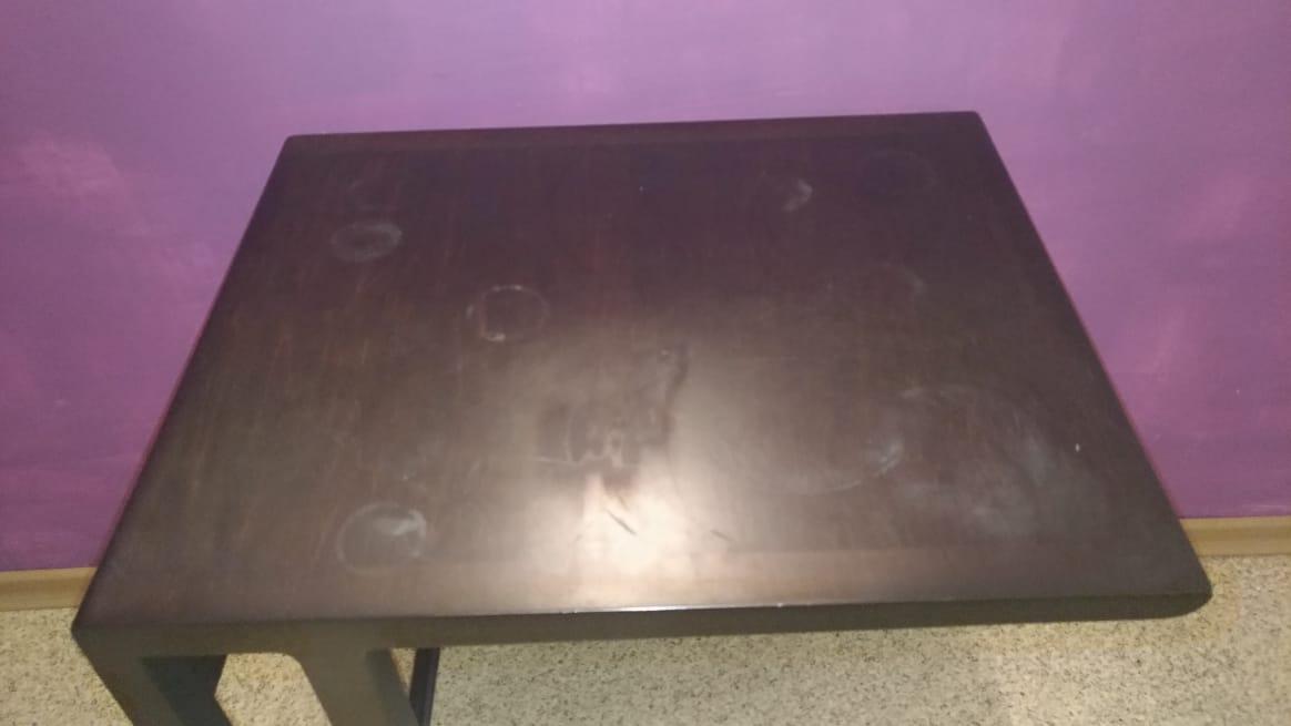 Реставрация прикроватного столика, восстановление лакокрасочного покрытия в реставрационной мастерской RESTORER.EXPERT