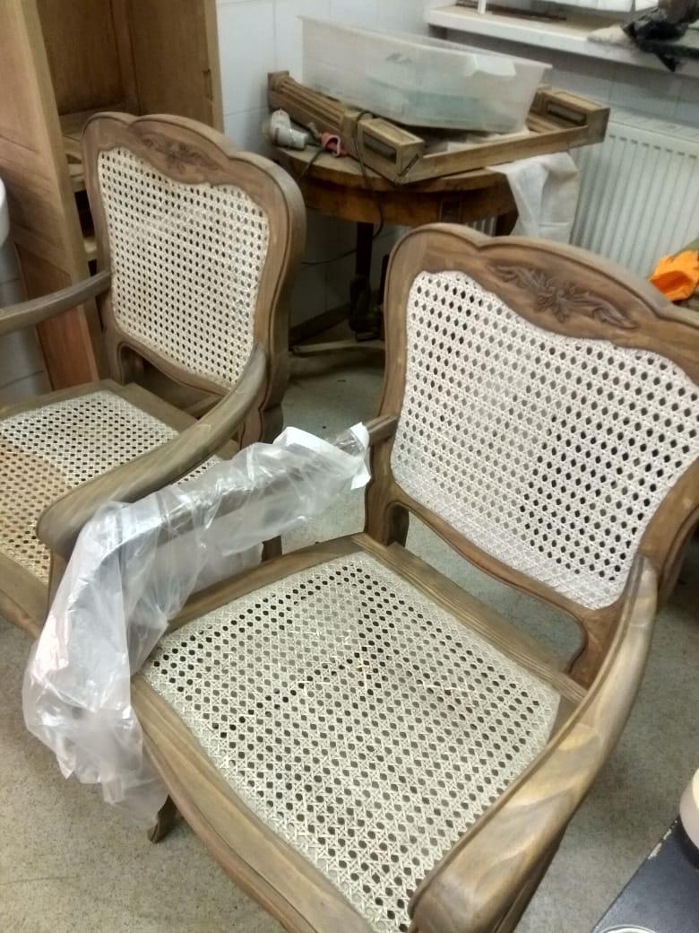 Реставрация деревянных кресел в реставрационной мастерской Restorer.expert