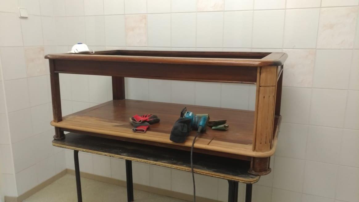 Реставрация журнального столика в реставрационной мастерской Restorer.expert