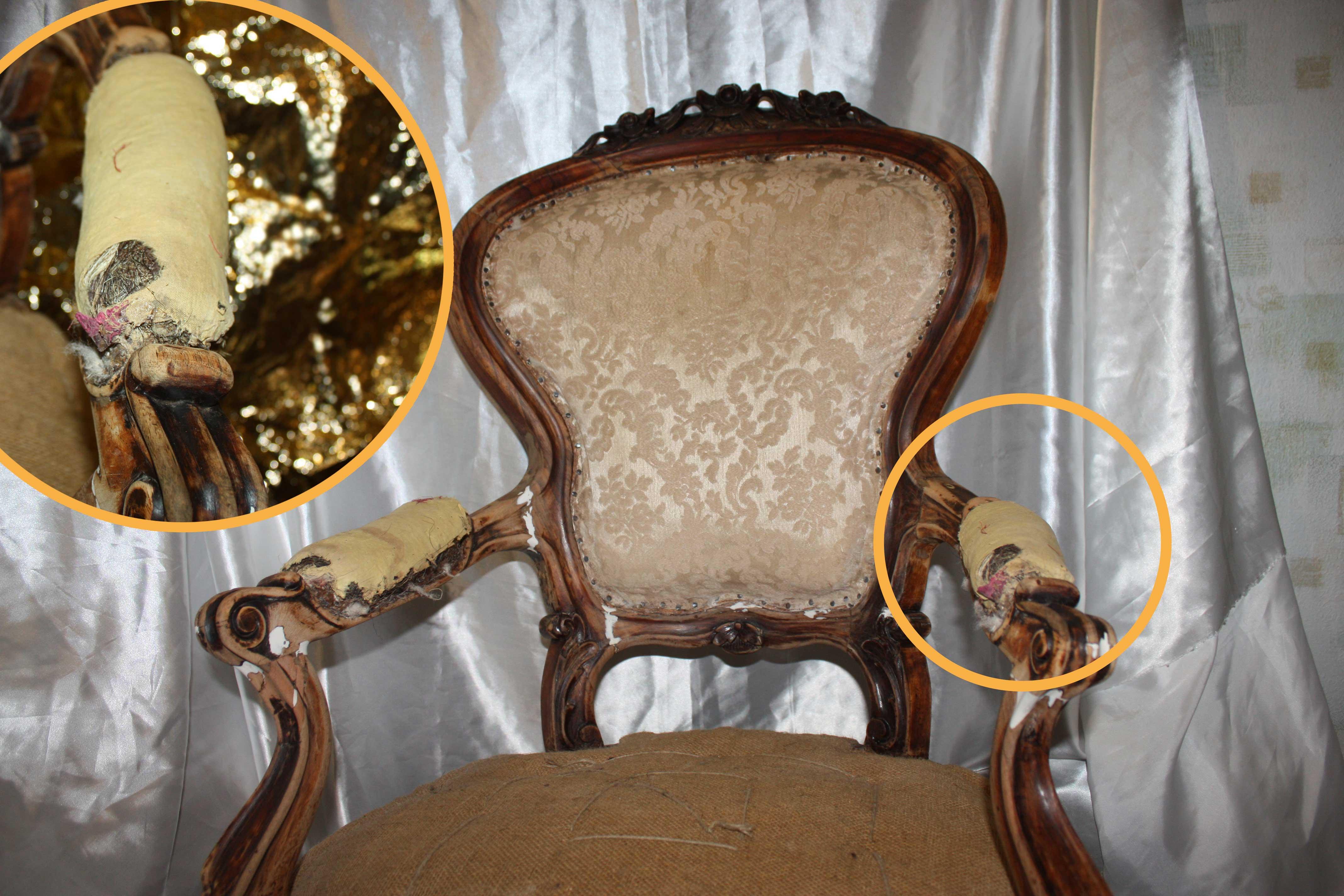 Стул-кресло до реставрации, старинный итальянский, планируется перетяжка и ремонтулья с перетяжкой и ремонтом в реставрационной мастерской RESTORER.EXPERT в Москве